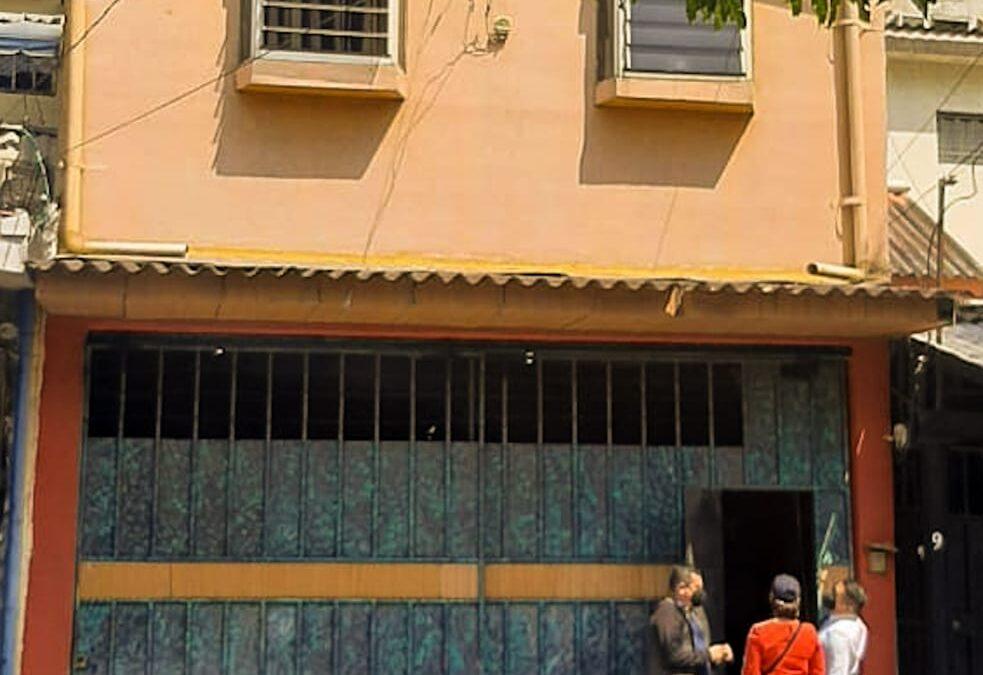 Mujer asesinada en vivienda de colonia Escalón.